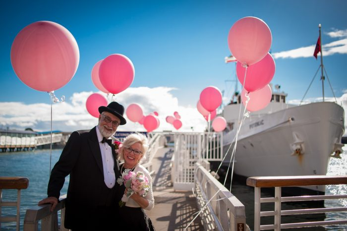 Wedding boat california with pink balloons